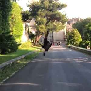 Guy Performs Series of Gainers on Concrete Without Stopping [Video]