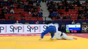 Dynamic display of judo on first day of The Hague Judo Grand Prix 2018 [Video]