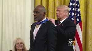 Ex-Chicago Bear And Retired Judge Receives Presidential Medal Of Freedom [Video]