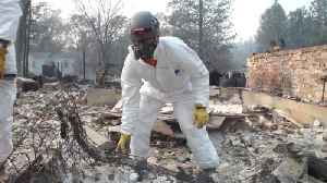 'It looks like a war zone': Search and rescue teams continue work in California fire