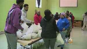 Trio Of Sixers Give Away 300 Turkeys To South Philadelphia Residents [Video]