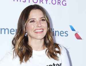 Sophia Bush and PayPal Partner for Fire Relief on #GivingTuesday [Video]