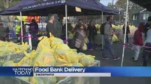 Sacramento Food Bank Gives Thanksgiving Meals To Needy Families [Video]
