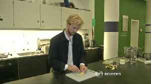 Potato-based edible bags and cutlery made by Swede [Video]