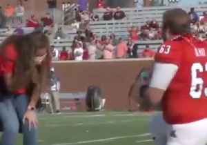 No Fumble Here: Georgia Football Player Proposes to Girlfriend Before Game [Video]