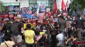 Protesters Gather as Chinese President Xi Jinping Arrives in the Philippines [Video]