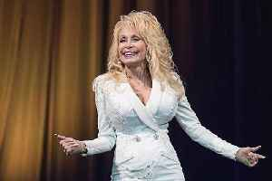 Dolly Parton's fast food date [Video]