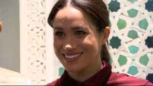 Right Now: Meghan Markle Prepares and Serves Food at the Hubb Community Kitchen [Video]