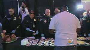 Hundreds Of Veterans Receive Thanksgiving Lunch At Marlins Park [Video]