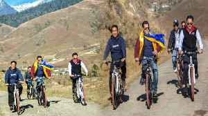 Salman Khan,Kiren Rijiju and Arunachal Pradesh CM Kicks off Mechuka Festival by Cycling|OneindiaNews [Video]