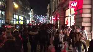 Crowds of late-night Black Friday shoppers swarm Oxford Street [Video]
