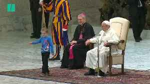 Little Boy Hilariously Upstages The Pope During Address [Video]