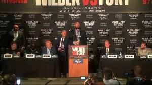 Heavyweight boxers clash at news conference [Video]