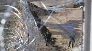 Migrant Mother Impaled While Trying to Climb Border Fence with Children, 3 and 5 [Video]