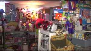 VIDEO: A store without a storefront: How one Berks County couple is leveraging the internet [Video]