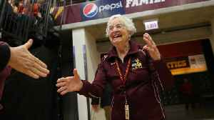 Loyola-Chicago's Sister Jean Gets Final Four Ring [Video]