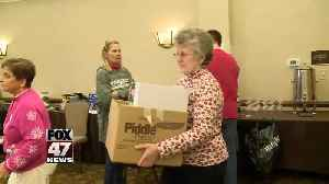 Knights of Columbus collects gifts for children [Video]
