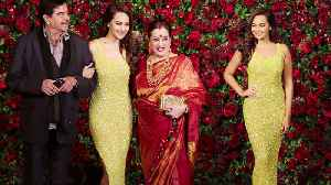 Deepika - Ranveer Reception: Sonakshi Sinha arrives with Family for party | FilmiBeat [Video]