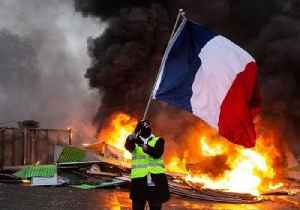 France Considers State of Emergency After Violent Protests [Video]