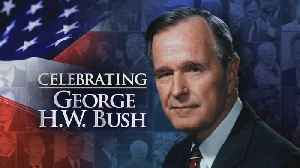 CELEBRATING GEORGE H.W. BUSH | Body of 41st President departs Houston for Washington on Air Force One [Video]