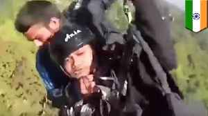 Pilot heroically saves tourist in paragliding accident in India [Video]