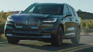 2020 All-new Lincoln Aviator Black Label Driving Video [Video]