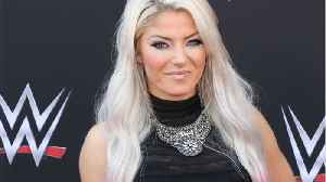 WWE's Alexa Bliss Cleared to Return After Concussion [Video]