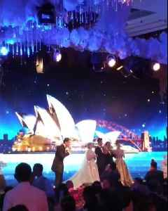 Crazy Rich Asians: Gold Giveaway At Tycoons Wedding [Video]