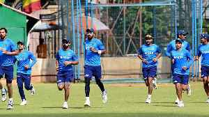India vs Australia 2018,1st Test: Indian Cricket Team Practices Ahead Of Maiden Test Match| Oneindia [Video]