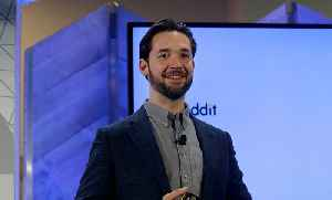 Ohanian Says Facebook's Future is WhatsApp, Instagram, and Sandberg Should Stay [Video]