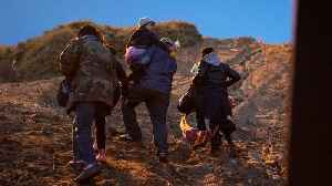 US Border Patrol Release Video of Children Being Dropped From US-Mexico Border [Video]