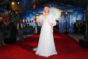 Emily Blunt: Mary Poppins' accent made singing easier [Video]