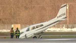 Plane makes an emergency landing at Chicago Executive Airport [Video]