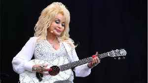 Dolly Parton Performs Golden Globe-Nominated Song On 'The Ellen Show' [Video]