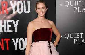 Emily Blunt says Julie Andrews was 'supportive' of Mary Poppins role [Video]