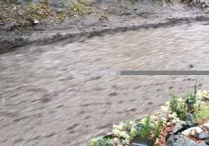 Rains Bring Fast-Moving Mud Down From Southern California Canyons [Video]
