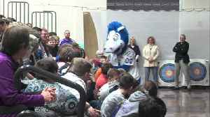 Blue, the Colts mascot stops by Sullivan Middle School [Video]