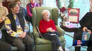New England sports legend turns 100 years old [Video]