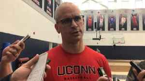 Dan Hurley, Huskies to face Florida State [Video]