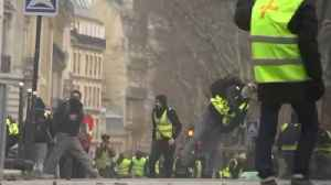 Anti-government protesters take to the streets in Paris [Video]