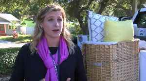 Community comes together to help single mom overcome homelessness [Video]