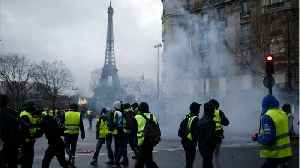 French Police Use Tear Gas Against Protesters In Central Paris [Video]