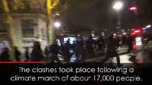 Police arrest hundreds as rioters loot shop in Paris [Video]