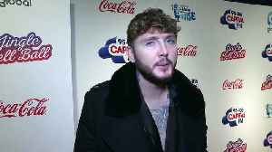 Generous James Arthur buys his mum a special Christmas gift [Video]