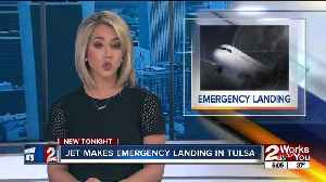 Jet makes emergency landing in Tulsa [Video]