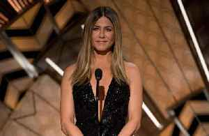 Jennifer Aniston will celebrate 50th birthday [Video]