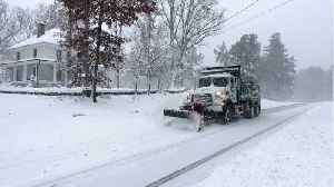 News video: U.S. Winter Storm Knocks Out Power to 140,000 In North Carolina