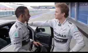 Who is fastest? Hamilton vs Rosberg [Video]