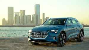 Audi e-tron Exterior Design in Antigua Blue [Video]