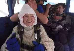 Incredible 102-Year-Old Grandma Skydives to Raise Funds For Motor Neuron Disease [Video]